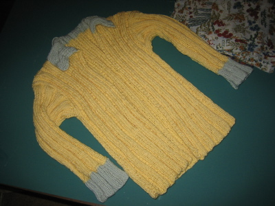 The yellow sweater is DONE.