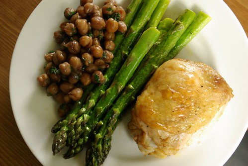 asparagus, chicken and chickpeas