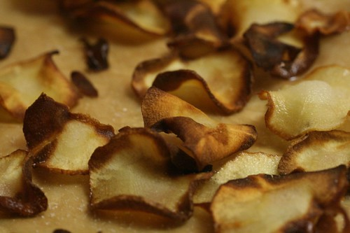 Fried parsnip chips