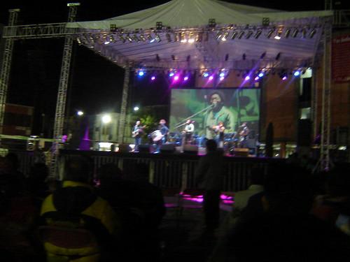Bebel Gilberto & her band