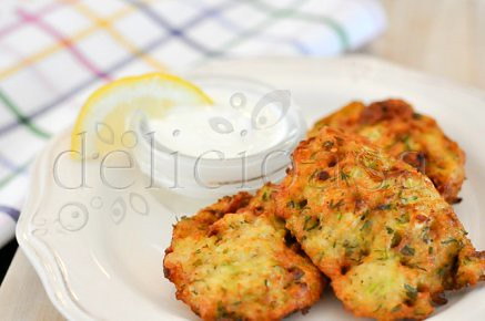zucchini fritters (7 of 11)