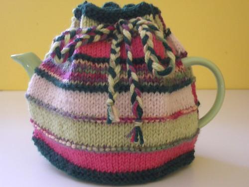 * Mothers Day tea cozy!!  :)