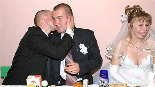 Funny Wedding Photo by weddingssc2.