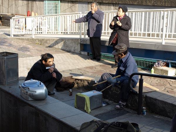 浅草のストリートミュージシャン