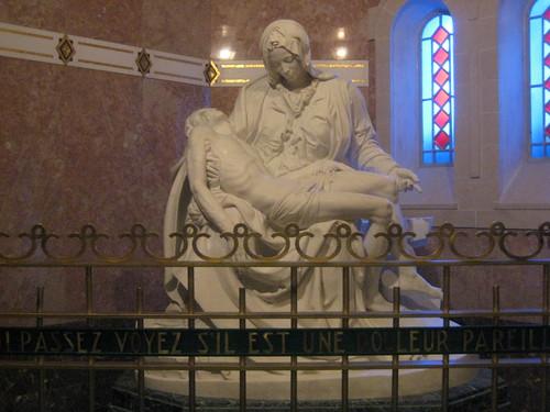 Replica of The Pietà from the St Pierre Basilica in Rome