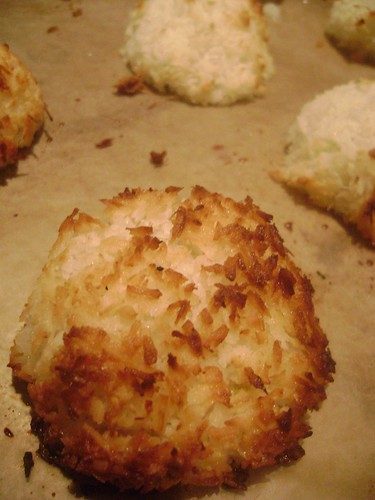 Coconut and Lime Macaroon