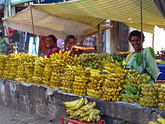 India - Chennai - banana vendors