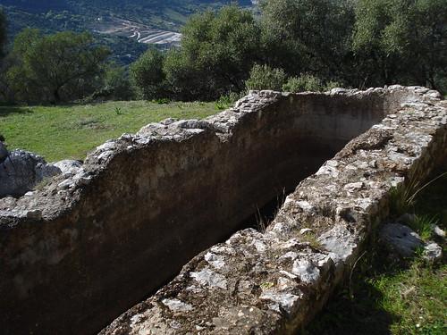 Pileta romana en el yacimiento romano de ocurris