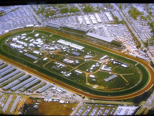 Preakness crowd 2009