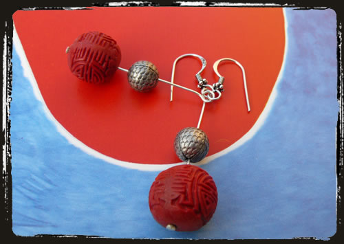 Orecchini rosso lacca - Red handmade earrings AMHCLRO