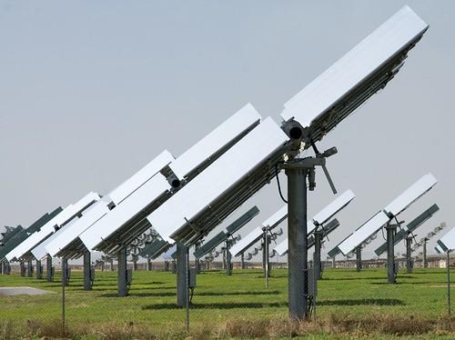 Planta solar fotovoltáica de Sevilha (Afloresm/cc)