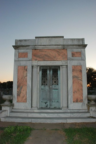 Art Decoish Crypt
