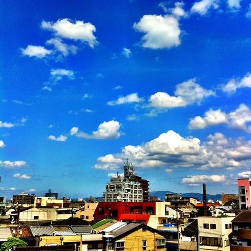 はーい!こんちゃー!トイストーリーに出て来そうな空だよ~! #sky #ToyStory