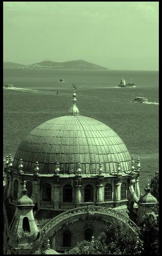 <<<İstanbul>>> by K.A.R.A.kedi.
