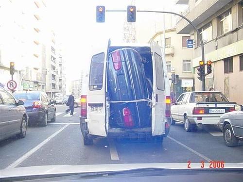¿Cómo sabes si un gitano ha robado un coche?
