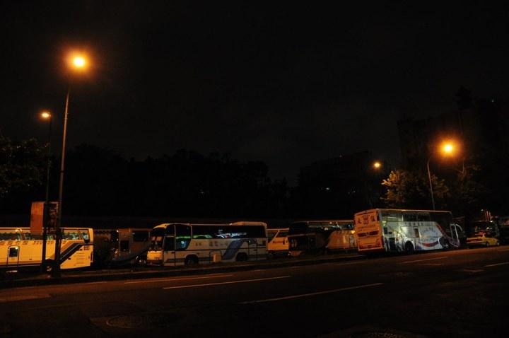 20090517晚間兩位老人被警車撞到的杭州南路現場