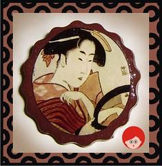 Broche Geisha al espejo