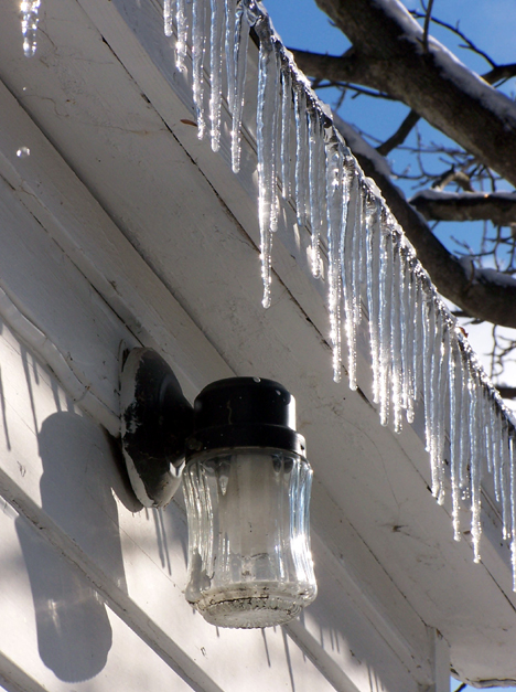 Light & Icicles