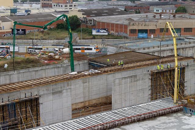 Triangle ferroviari - Comienza el hormigonado de los nuevos viales - 09-06-11