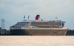 Queen Mary 2 Before Meeting 2 Sister Ships