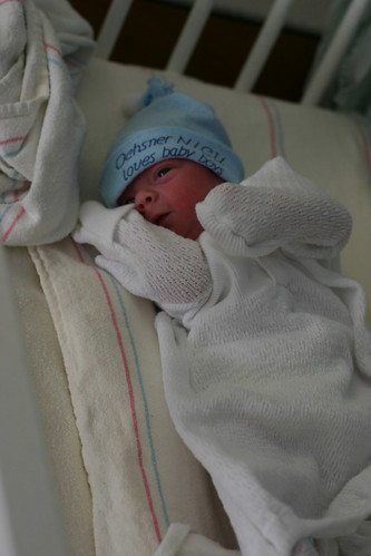 Oliver in his going home outfit