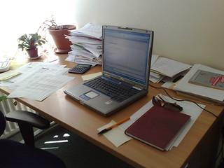 Laura's work desk 13/05/2008