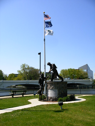 Firemans Memorial at Seitz Park