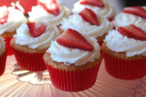 Strawberry Maroon Cupcakes