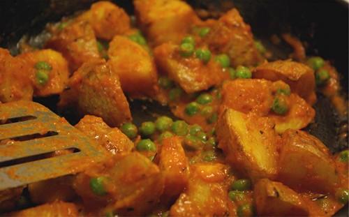 roast potatoes with peas and romesco