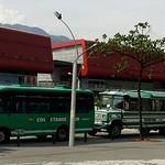 "School buses at Parque Explora <a style=""margin-left:10px; font-size:0.8em;"" href=""http://www.flickr.com/photos/36521966868@N01/2249538303/"" target=""_blank"">@flickr</a>"