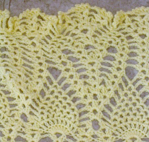 Finished lacy baby blanket detail 1