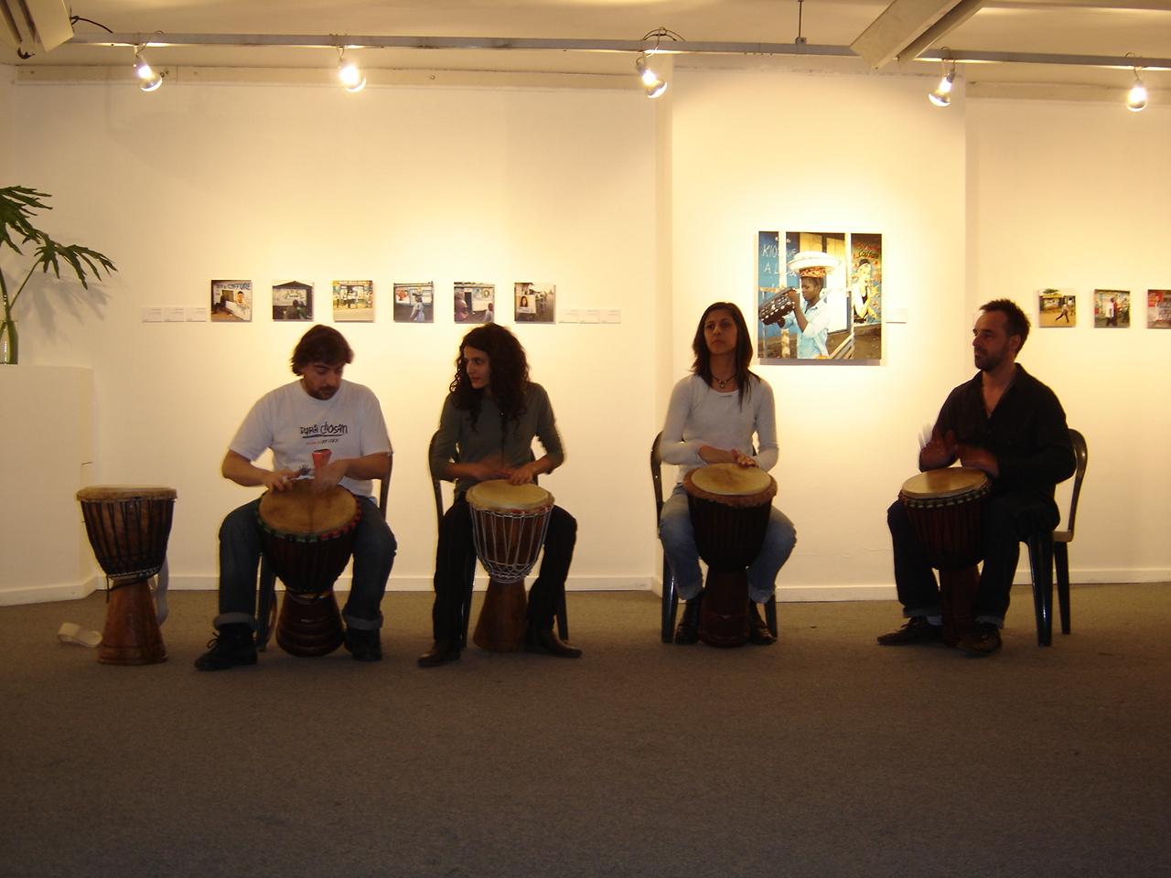 djembe en el centro cultural borges