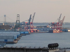 New York Harbour - Brooklyn Container Terminal