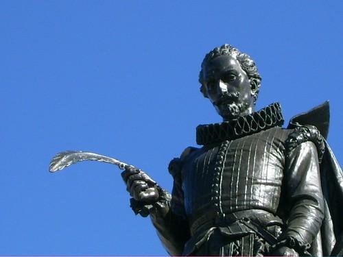 Estatua de Cervantes