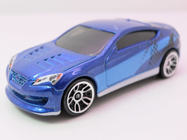 hot wheels hyundai genesis coupe (2)