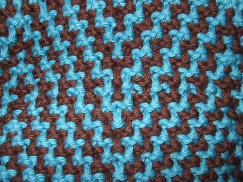 Just a peek Via Diagonale from knitty.com