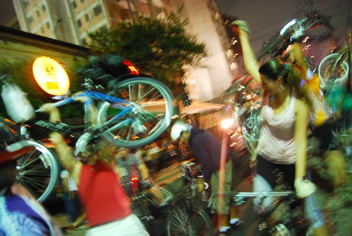 BicicletadaMar08_061