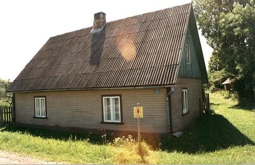 Calle Võru, 120, Valga, Estonia, situada en territorio Letón. Click para visitar la fuente original.