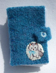 Little Kitten Needle Book