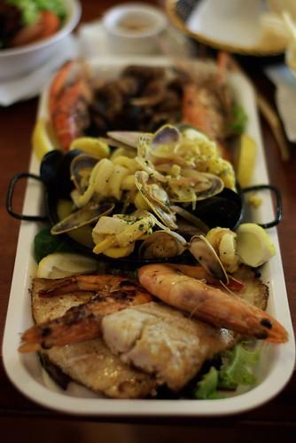 La Marina restaurant, Shellharbour: Seafood platter