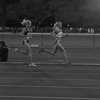 10,000m duel. Shalane Flanagan sets a new Amer...
