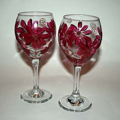 Wine Goblets Berry Wine Contemporary Daisies
