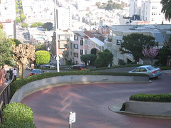 Lombard street and its 10 turns