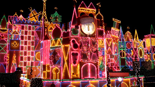 """""""it's a small world holiday"""""""