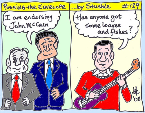 Romney endorses McCain