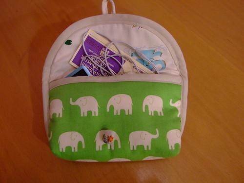 elephant pouch open