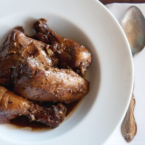 The Ivory Hut: My Quick and Easy Chicken Adobo
