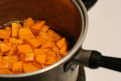 Boiling the squash chunks for puree