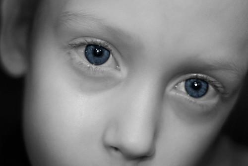 blue eyed boy BW EYE