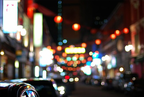 Chinatown night, Singapore. Photo by e-chan.